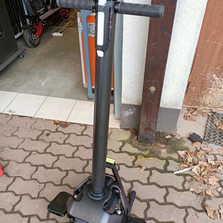 Mini segway czyli monocykl elektryczny euc kiwano k01